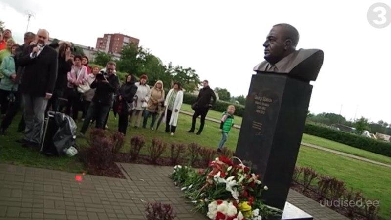 TV3 VIDEO | Maardus avati linnapea Georgi Bõstrovi mälestussammas