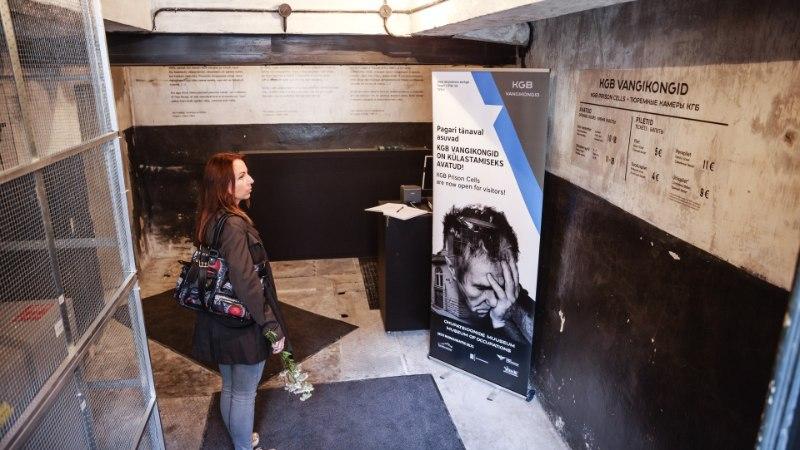GALERII | Kunagiste KGB vangikongide avamisel meenutati 1940. aastatel toimunud õudusi