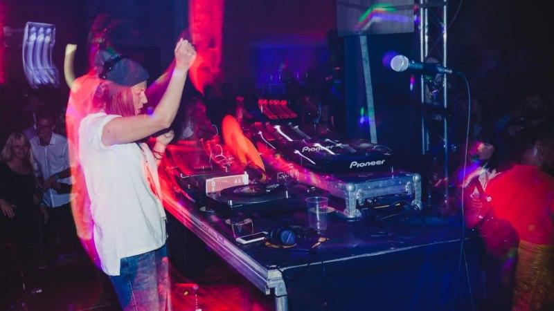 HEIDY PURGA: mängin öösiti DJna pidudel, et riigikogus mitte läbi põleda