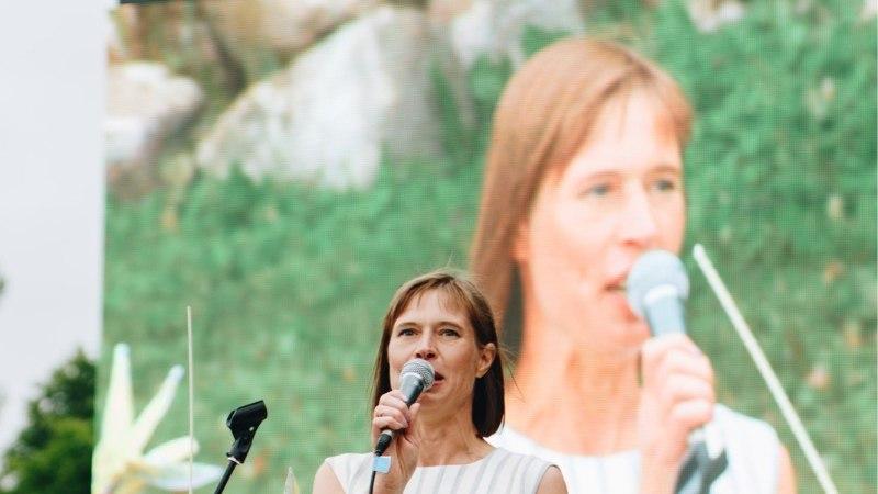 GALERII | Viljandi folk avati Kaljulaidi kõnega