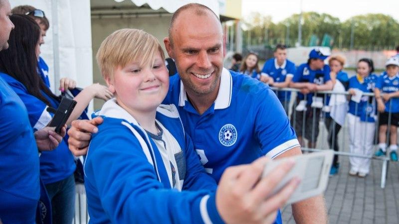 Staarjalgpallur Joel Lindpere: laste aitamine peaks olema iga inimese ja Eesti riigi prioriteet number üks