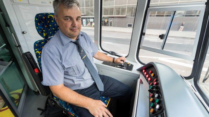 Esimene uuenduskuuri läbi teinud tramm tegi Tallinnas proovisõitu
