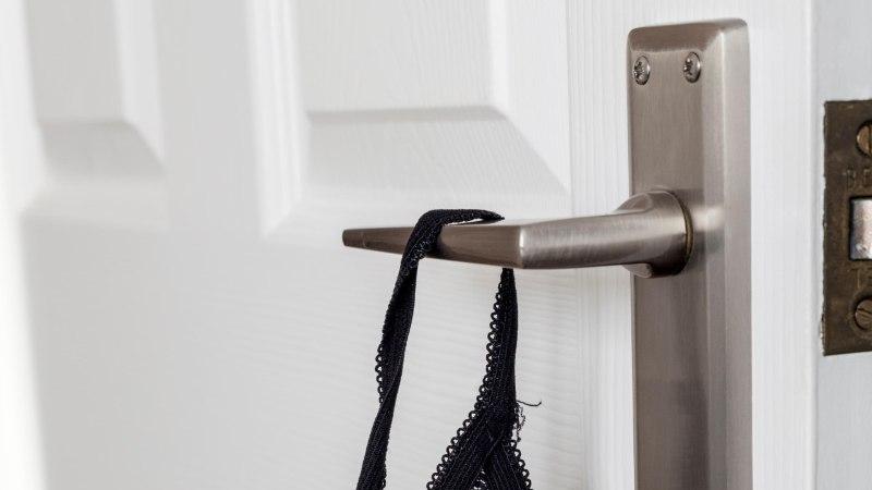 SEE VALLATU SALASUHE: kus hullata kallimaga, kui mõlema kodus on seaduslik kaasa?