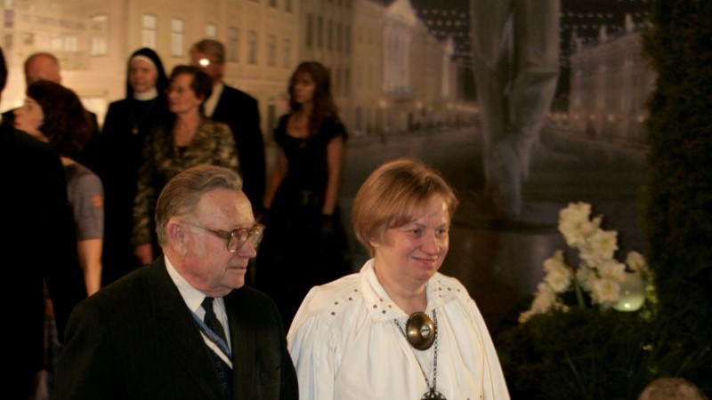 Ajaloolane Helmut Piirimäe austas päev enne surma Eestit lippu heisates
