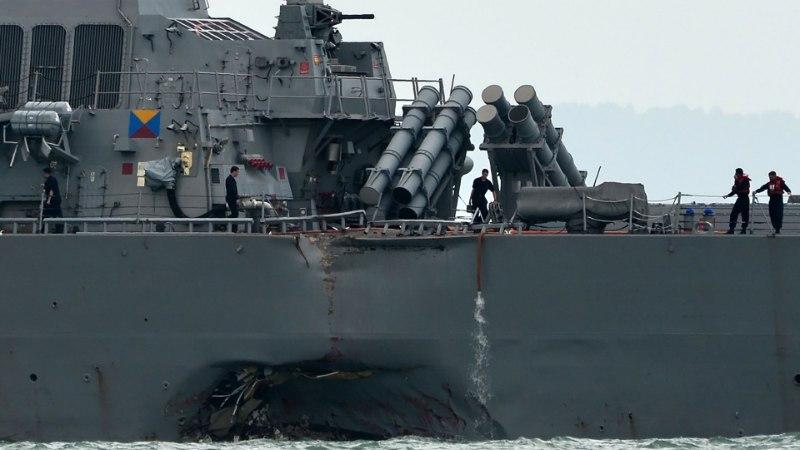 Singapuris kokkupõrke teinud sõjalaevalt leiti surnukehad