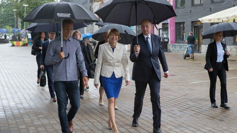GALERII | Eesti ja Saksamaa presidendi abikaasad külastasid Telliskivi loomelinnakut