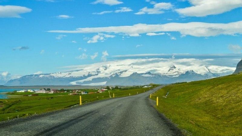 Avastusretk Toyota RAV4-ga: see imeliselt trööstitu ja inimtühi Island!