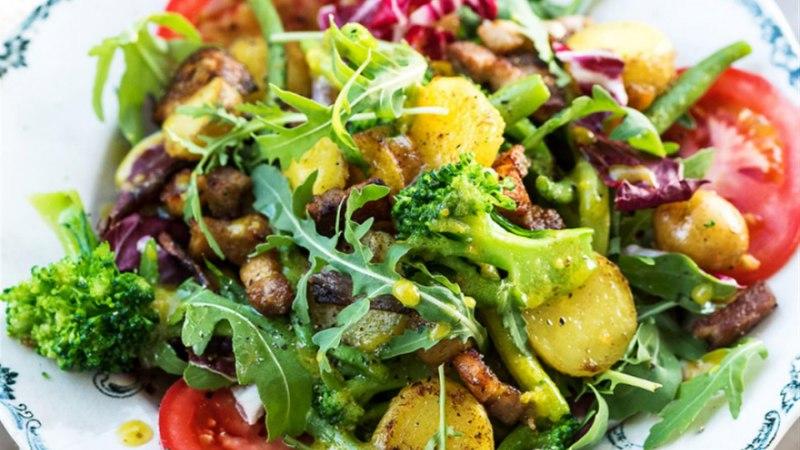 Katrini soe salat peekoniga