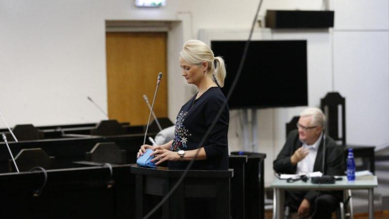 GALERII | Savisaare protsess: noor neiu purskus tunnistajapingis nutma