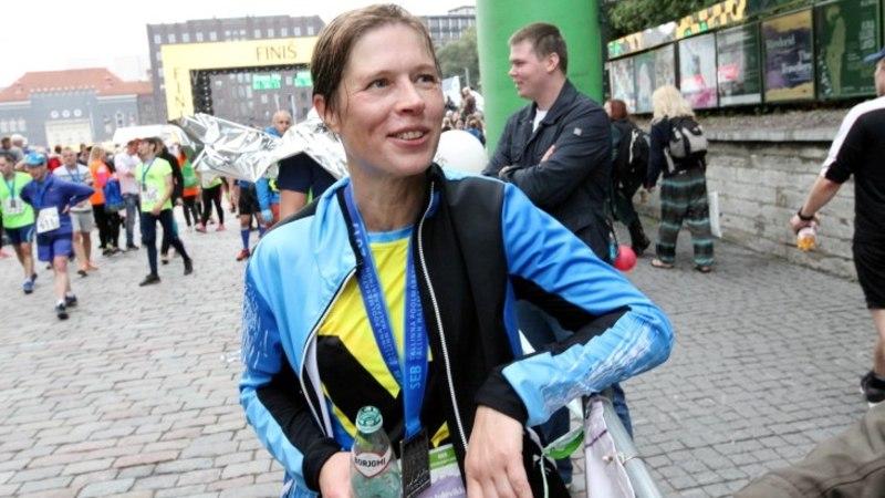 FOTOD JA VIDEO   Märg ja õnnelik Kersti Kaljulaid lõpetas poolmaratoni suurepärase ajaga
