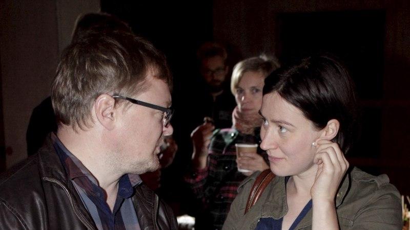 PILDID   Katrin Maimik ja Rainer Vakra kaasa näitasid uue kino avamisel kasvavat beebikõhtu