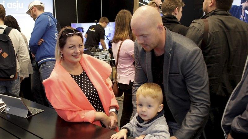 PILDID | Tipp ja Täpp käisid kaemas uusi mobiiltelefone, nutinõu jagas Laura Prits