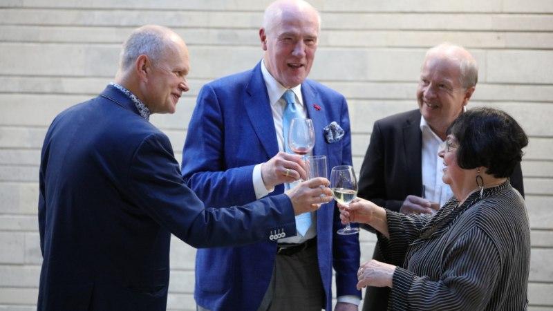 KES TEEB, SEE JÕUAB: graafik Mare Vint tähistab juubelit kolme näitusega