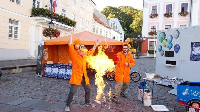 Teadlaste Öö festival toob teadusjanulisteni lahingurobotite kätši