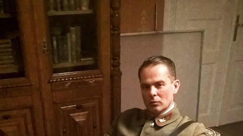 """Mart Sander: otsisin """"Litside"""" võttepaika pool aastat, kõige raskem oli sõjaväemundreid leida"""