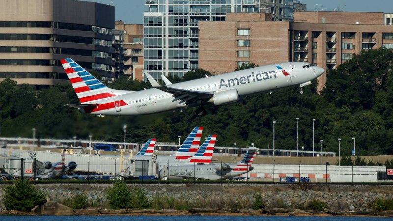 ORKAAN IRMA | Lennufirmad kasseerivad orkaani eest põgenejatelt suuri summasid