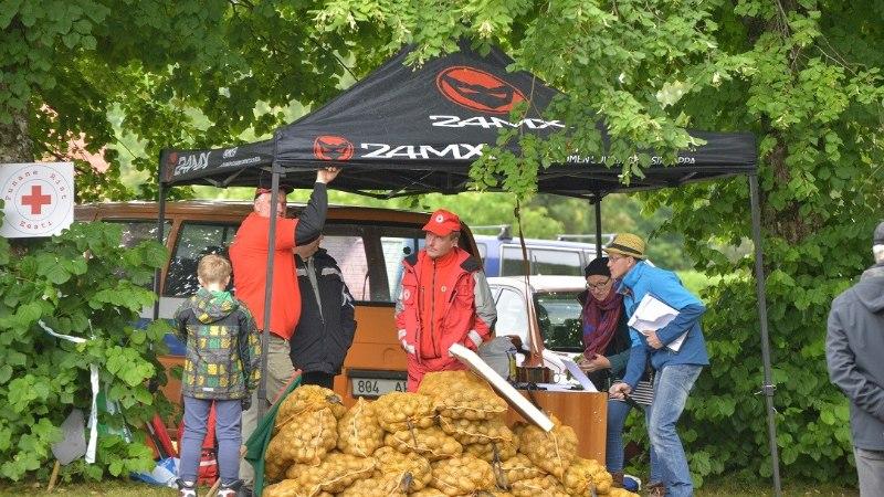 GALERII | Viljandimaal selgitati, kes on võimsam võrriga võidusõitja!
