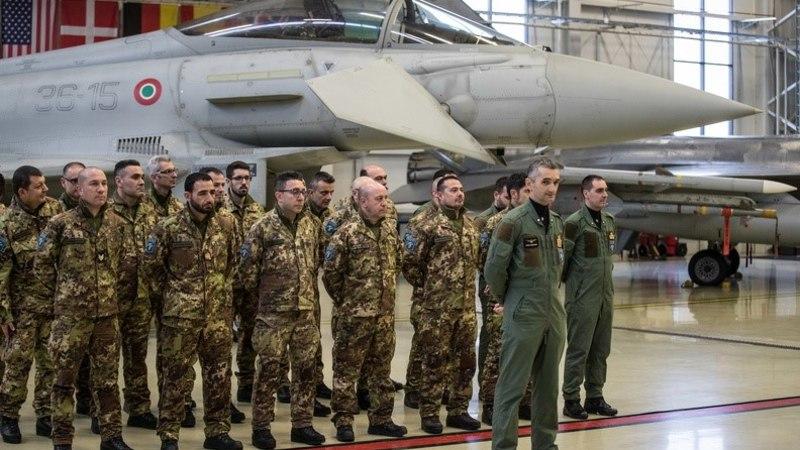 GALERII | Balti riikide õhuruumi asusid valvama Itaalia piloodid
