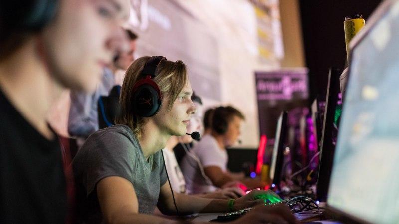 SILMAD EKRAANIL JA PÖIDLALIHASED PINGES: mis on e-sport ning kuidas eestlased sellega miljonäriks saavad?