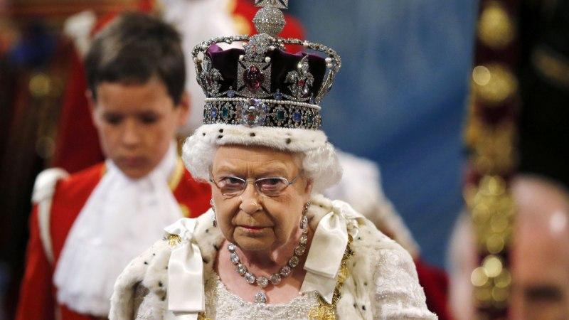 Ohtlik põhjus, miks kuninganna ei tohi alla vaadata