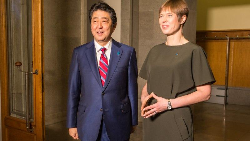 GALERII JA VIDEO | President Kersti Kaljulaid kohtus Jaapani peaministriga