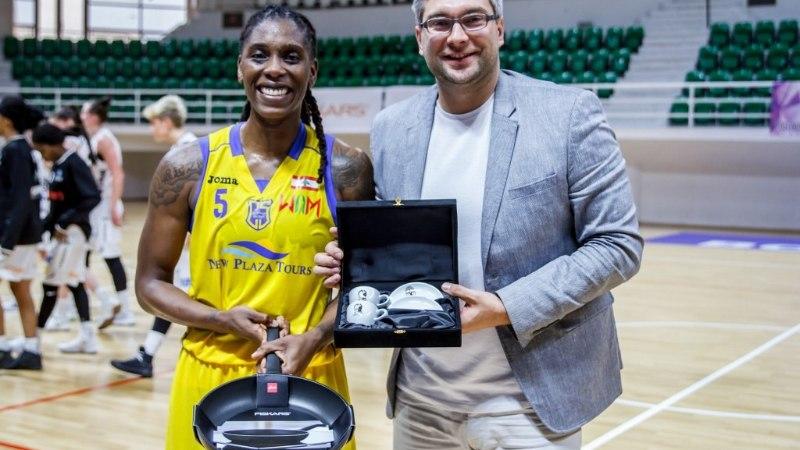 Ida-Euroopa korvpalliliigas saab parim naispallur auhinnaks ... panni