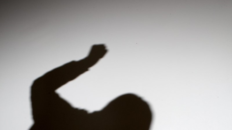 Kohus kohustas turvameest peksnud poekülastajat kahjutasu maksma