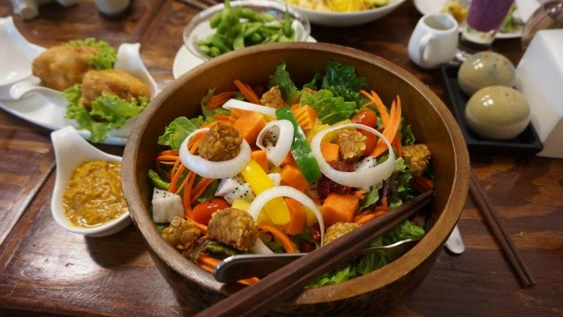 ROHKEM VALKU: 15 toiduainet, mis on munadest enamgi proteiinist pungil