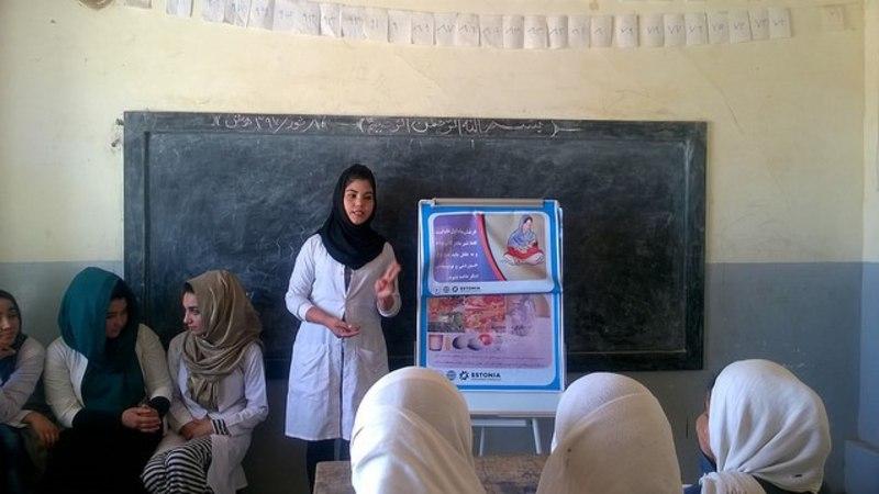 Digitaalne lõputseremoonia: Afganistani ämmaemandad saavad täna Eestist koolitustunnistused