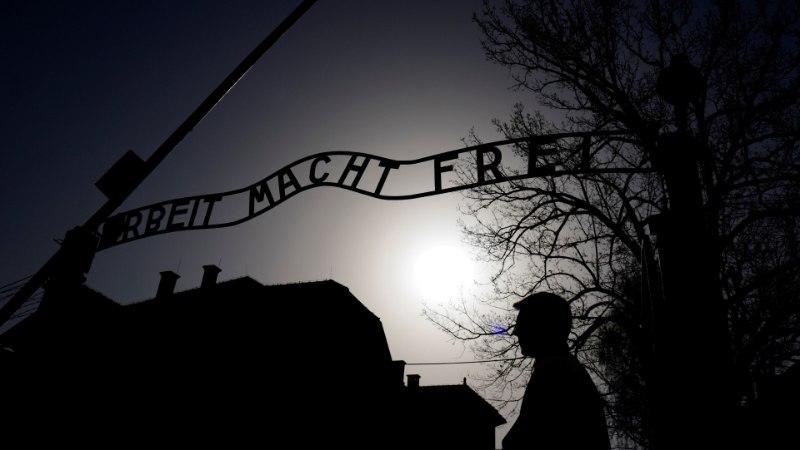 UUS LÄHENEMINE! Chelsea saadab rassistlikud fännid Auschwitzi õppereisile