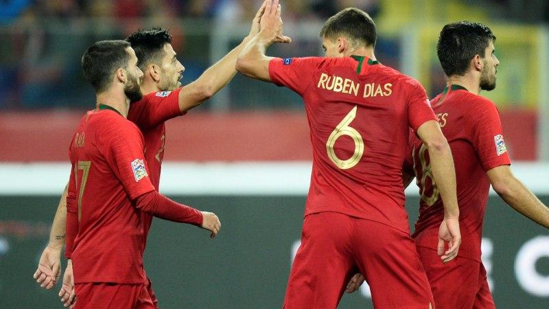 Ronaldota Portugal alistas läbi raskuste Poola, Island šokeeris maailmameistreid