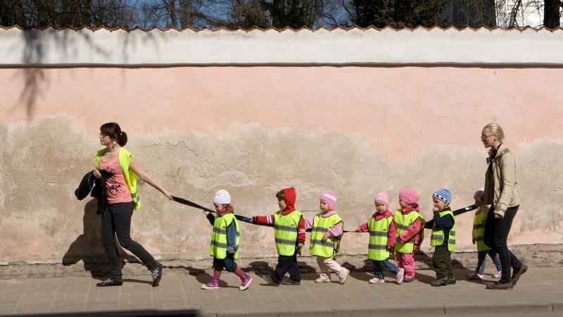 Lasteaednike liit: 10-12 tundi lasteaias olla on lapsele liig