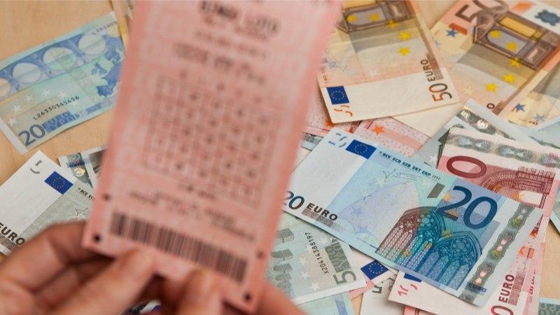 В Эстонии cчастливчик выиграл в лотерею свыше 300 000 евро