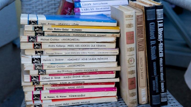 """Briti ajaleht: """"Kas sinul on kodus rohkem raamatuid kui Eesti teismelisel?"""""""