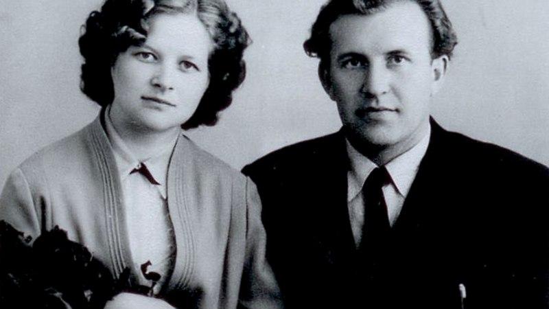 """Ennast """"Rusikatega"""" rahva südameisse kirjutanud Silver Anniko loometee lõpetas jõhker mõrv"""