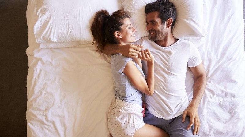 Viis asja, mis naisi voodis erutab