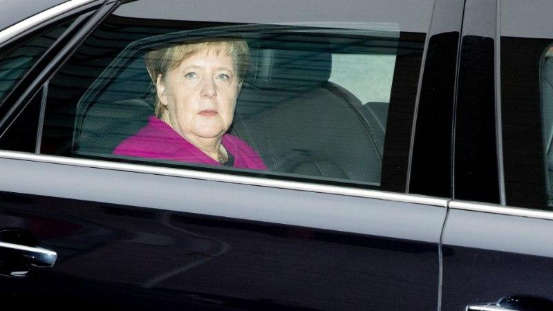 POMMUUDIS: Angela Merkel lubas ameti maha panna