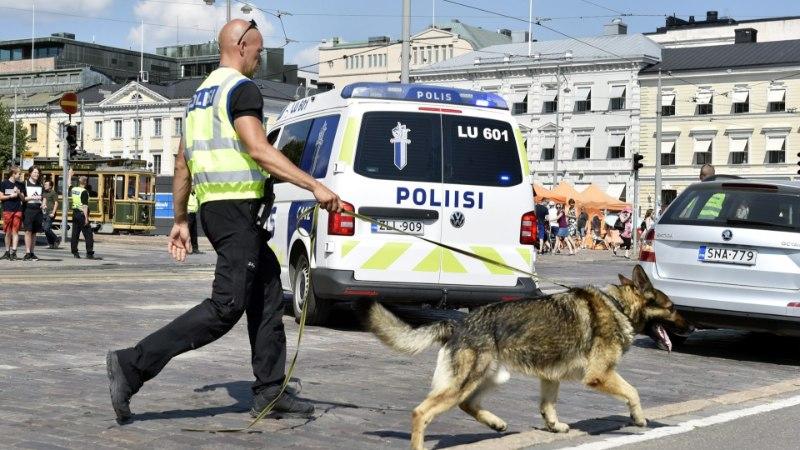 Eestist pärit narkokurjategijad üritasid vahele jäädes Soome politseile seletada, et sõitsid metsa vahele oksendama