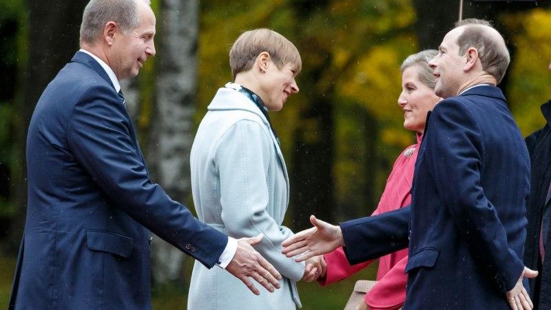 GALERII | President tervitas Wessexi krahvi ja krahvinnat õrnas rahvusmotiiviga kleidis