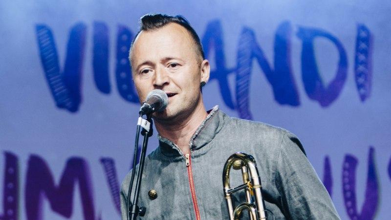 VIDEO | Kuula, kuidas Ruslan Trochynskyi laulab eesti keeles armastuslaulu
