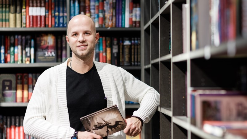 """Писатель из Таллинна Влад Вас: """"Я учился не на статусах во """"вконтакте"""", мне есть чем поделиться"""""""
