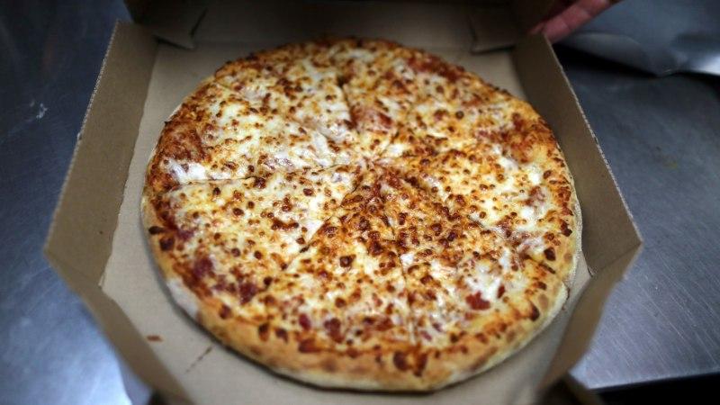 LAIBARÖÖVEL: mees kasutas surnud naabri pangakaarti, et ligi 7000 euro eest pitsat osta