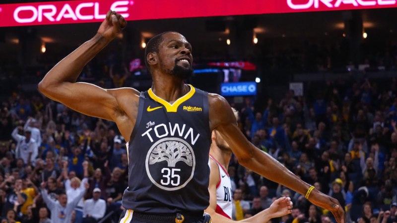 VIDEO | Tiitlikaitsja Warriors sai NBAs napi võidu, edukad olid ka Mavericks ja Cavaliers