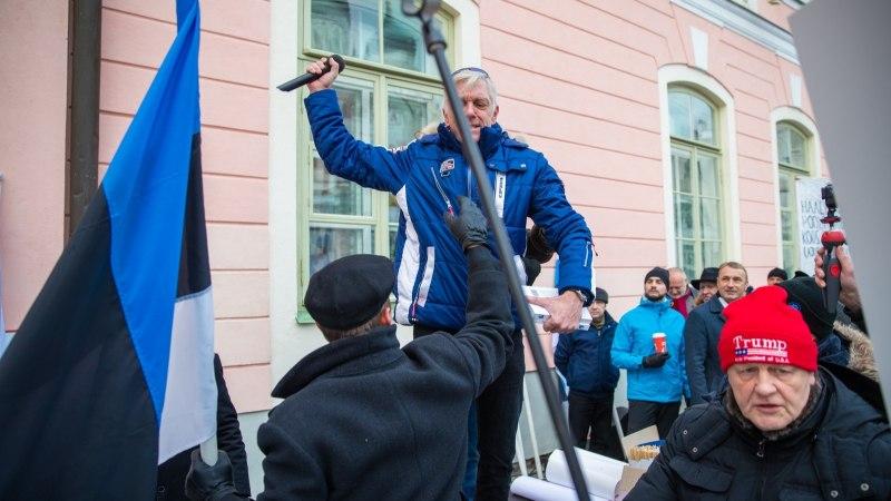 Kehakeeleekspert: Indrek Tarandi käitumine EKRE meeleavaldusel oli provokatiivne