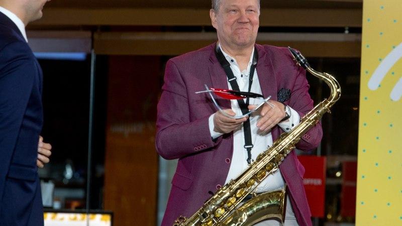 Lembit Saarsalu ansambel on viietärnitiim, kellega on ka välismaa muusikutel suur rõõm koostööd teha