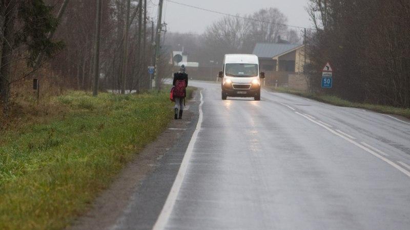 ÕL VIDEO JA FOTOD | Rae valla õuduste bussipeatus kaotatakse, lapsed peavad hakkama jalgsi koolis käima