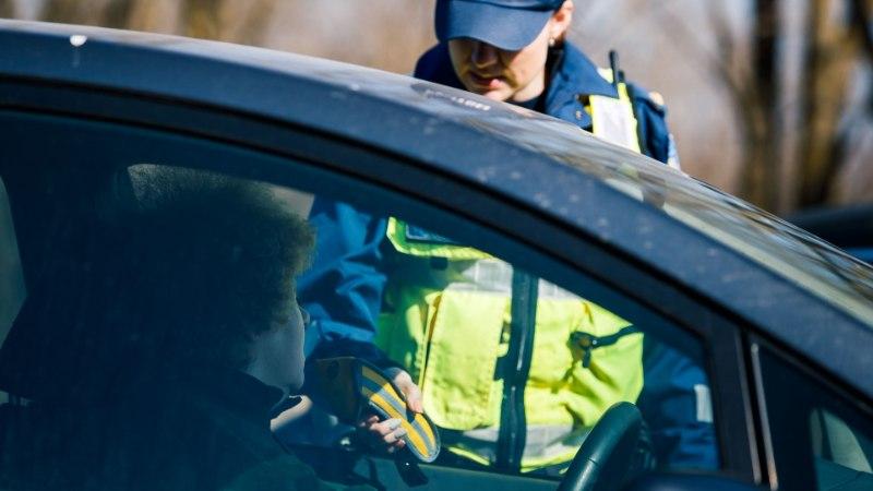 Благодаря звонкам на номер 112 в Идаской префектуре в этом году задержано 160 пьяных водителей