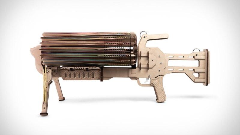 KONTORISÕDADE UUS TASE: vaata, millised relvad on vahukommiamb ja rahakummi-kuulipilduja