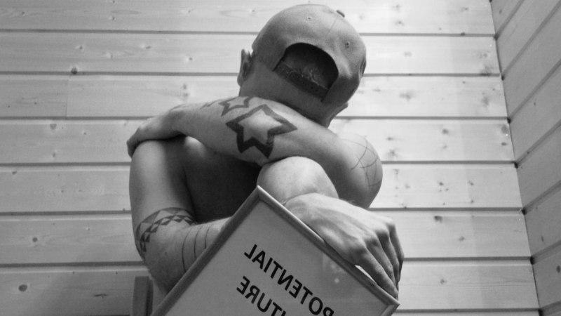 BAARI-MADISE BLOGI | Raamatupidaja luristab pettunult majaveini ja imestab kui palju on firma jõulupeo alla raha matnud
