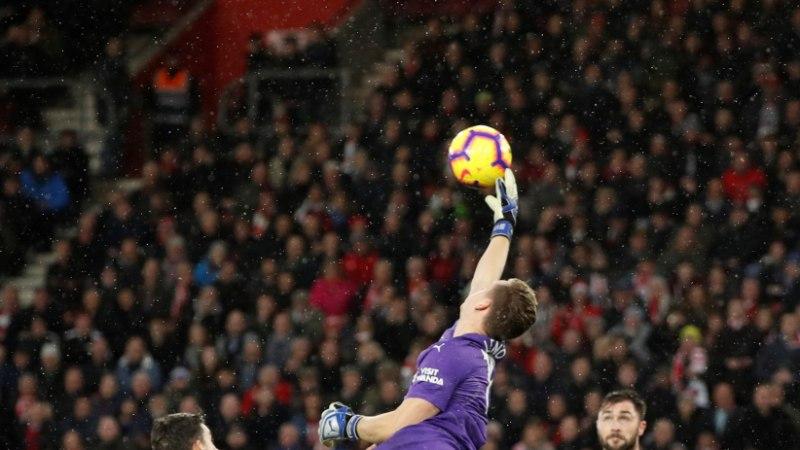 VIDEO | Arsenali vägev seeria lõppes väravavahi hirmsa käkiga!